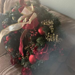 Christmas Crown for Sale in Bakersfield, CA