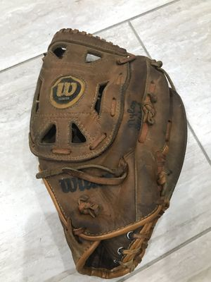 Wilson a2240 baseball glove for Sale in Vancouver, WA