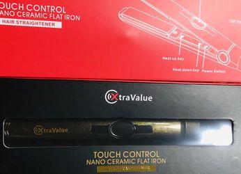 New Xtravalue Nano Ceramic Flat Iron, Hair Straightener & Ionic Digital Curler, for Sale in Plano,  TX