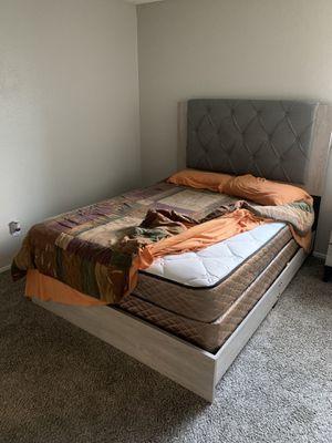 Bedroom Set for Sale in Henderson, NV