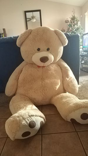 Big teddy bear for Sale in Bakersfield, CA