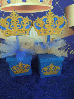 2 centerpieces royal blue for Sale in Fontana, CA
