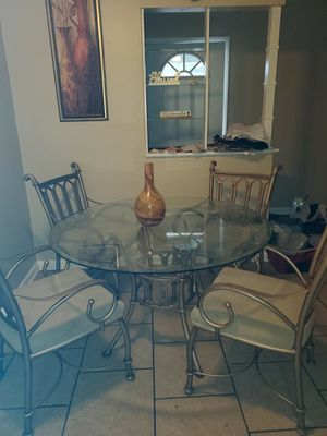 Beautiful glass Dining room table for Sale in Clearwater, FL