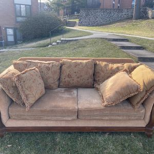 Sofa for Sale in Arlington, VA