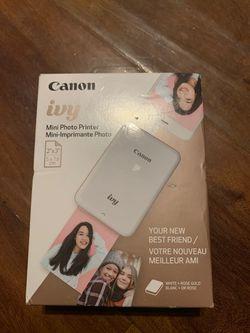 Canon ivy. Mini photo for Sale in Calabasas,  CA