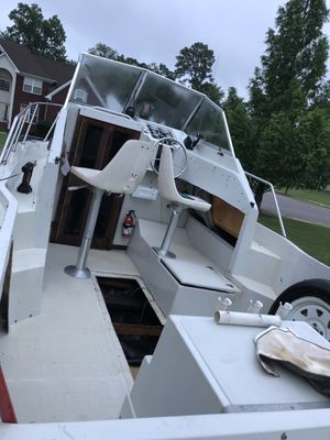 21' fishing boat with trailer for Sale in Portsmouth, VA