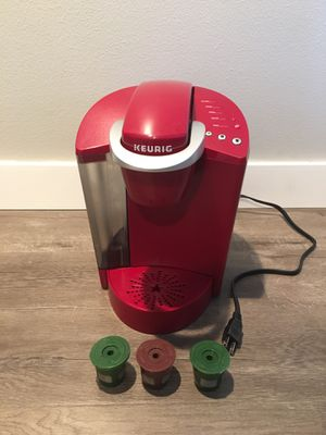 Keurig coffee maker + 3 reusable filters for Sale in Santa Susana, CA