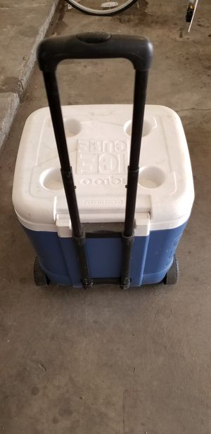 Wheeled Igloo Cooler for Sale in Northglenn, CO