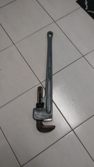 Ridgid 36 inch aluminum pipe wrench for Sale in Plant City, FL