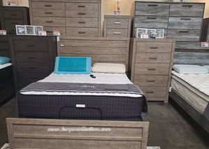 NEW.3 PCS BEDROOM SET:QUEEN BED+ DRESSER+NIGHT STAND. SKU#TCB070S-SET for Sale in Santa Ana, CA