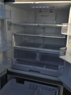 Samsung French Door Refrigerator Stainless Steel for Sale in Bell Gardens,  CA