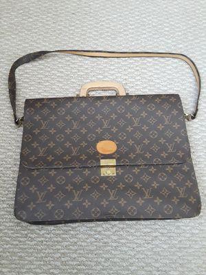 Louis Vuitton Monogram Serviette Consieiller Briefcase/Folder bag for Sale in Cupertino, CA