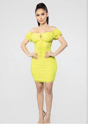 Fashion Nova Yellow Dress for Sale in Los Angeles, CA