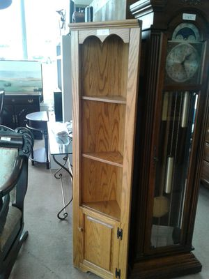 Small Oak Corner Shelf Five Foot High for Sale in Tallmadge, OH