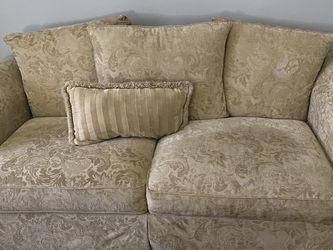 Sofa Couch for Sale in Clermont,  FL