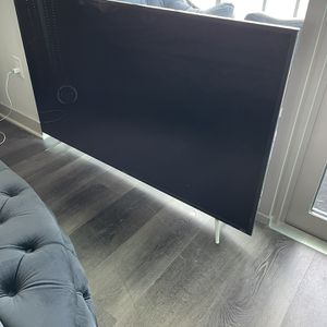65 Inch TCL Roku for Sale in Frisco, TX