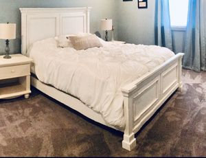 Queen bed frame for Sale in Wayne, PA