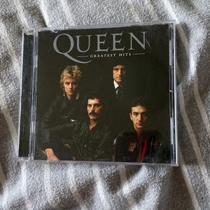 Greatest Hits Queen Rock CD for Sale in Fresno, CA