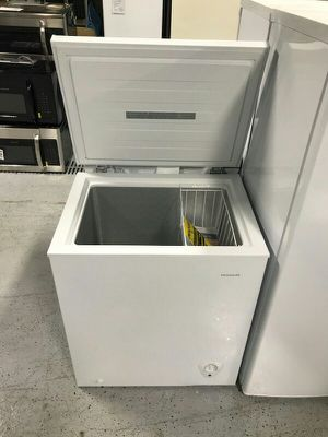 Stand-alone Chest Freezer for Sale in St. Louis, MO
