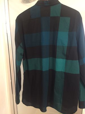 New Authentic Burberry Men shirt size XL for Sale in Tolleson, AZ
