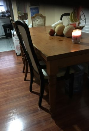 Kitchen Table with 4 chairs $65 for Sale in Las Vegas, NV