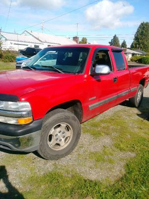 2001 chevy Silverado 1500 4x4 Z71 LS for Sale in Tacoma, WA