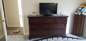 Ashley's 7 Drawer Dresser for Sale in Chandler, AZ