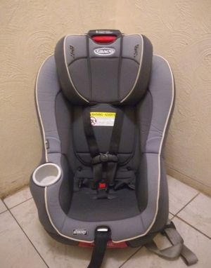 Graco car seat and booster for Sale in Hollywood, FL