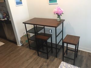 High top table & chairs for Sale in Boston, MA