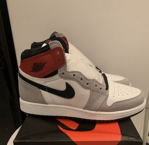 Air Jordan 1 retro high OG GS SIZE 7 style#575441-126 for Sale in Queens, NY