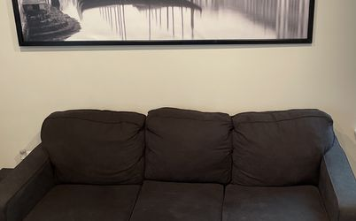 Couch / Sofa for Sale in Hanover,  MD