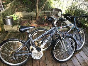 Mountain bikes 24 inch for Sale in Pittsburgh, PA