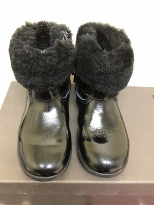 Ugg Boots TODDLER Size 8.5 for Sale in Fairfax, VA