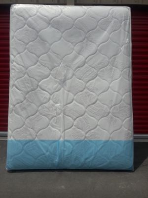QUALITY FULL SIZE MATTRESS AND BOX SPRING AVAILABLE FOR DELIVERY for Sale in Doral, FL