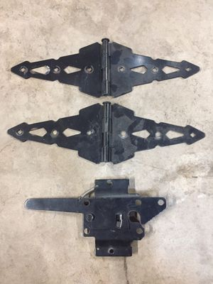 """8"""" gate hinges and latch for Sale in Albuquerque, NM"""