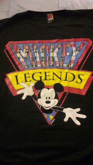 Authentic Micky unlimited Mickey Legends sweatshirt extra large for Sale in Cleveland, OH