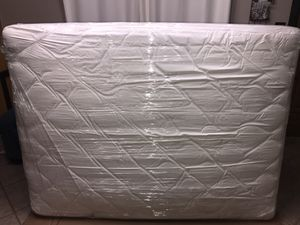 Queen Size Pillow-top Mattress | Colchon Tamaño Queen (2035) for Sale in Mesquite, TX