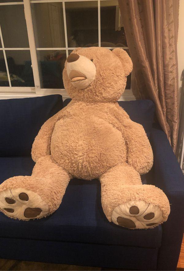 4 feet tall teddy bear