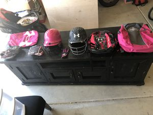 Softball for Sale in Bakersfield, CA