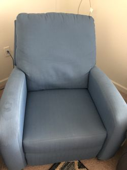 Power Recliner Couch for Sale in Morgantown,  WV