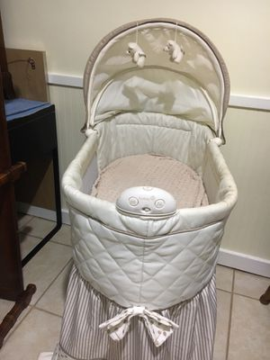 Bassinet for Sale in Germantown, MD