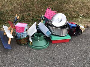 Free stuff, do not drop your stuff for Sale in Auburn, WA