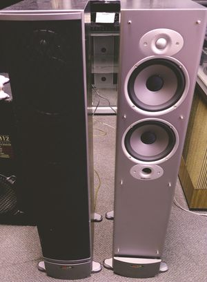 Polk Audio rti8 Speakers 250 Watts !! for Sale in St. Louis, MO