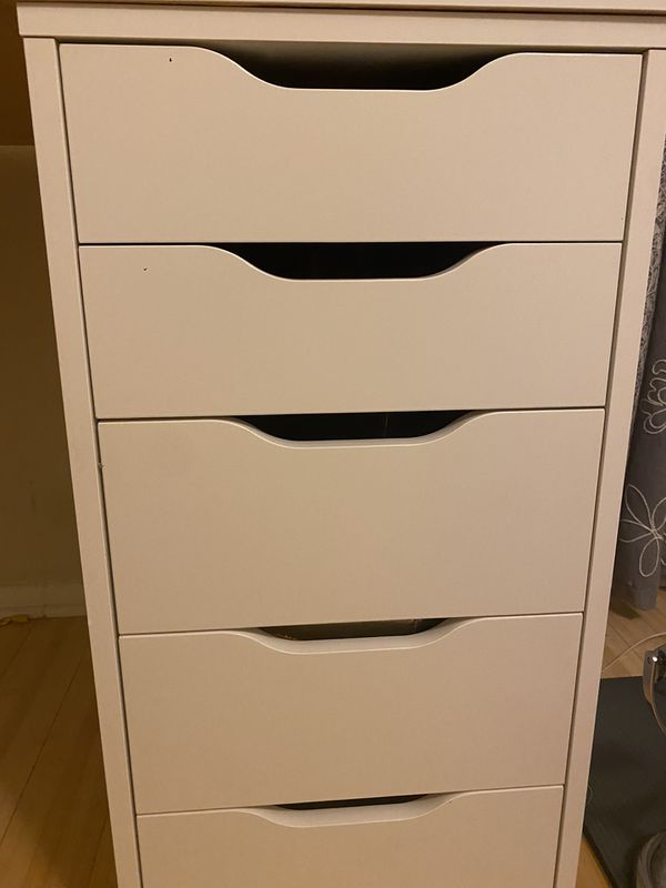 IKEA ALEX DRAWERS W/ TABLE TOP VANITY TABLE
