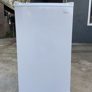 Garage Storage freezer for Sale in San Dimas, CA