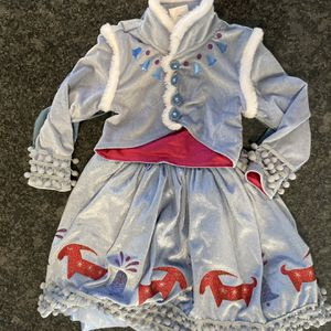 Olaf Frozen Adventure's - Ana's Costume Size 3 for Sale in Rockville, MD