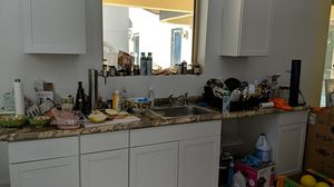 Kitchen cabinets, like new, white for Sale in Fort Lauderdale, FL