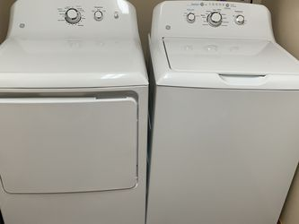 Washer dryer purchased Few Months Ago! Selling Due To Moving for Sale in Philippi,  WV