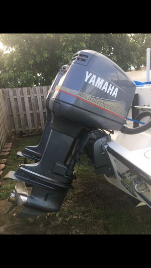 Yamaha 200 hp twin excellent condition for Sale in Miami, FL