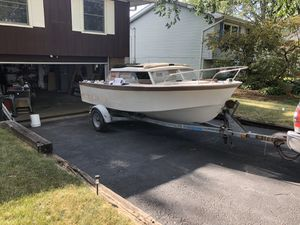 Free project boat 1968 Glasspar SeaFair Sedan for Sale in Algonquin, IL